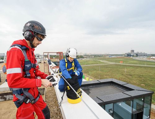 Система безопасности при работе на высоте